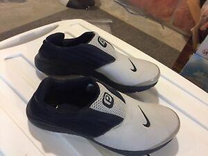 Nike Prestos Size medium.