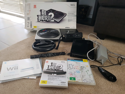 Nintendo Wii console +2 games