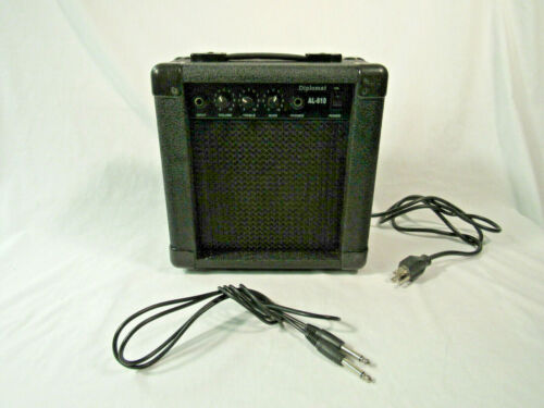 Diplomat Guitar tune-able Amplifier AL-610, with cables