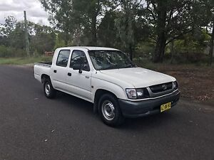 2004 Toyota Hilux duel cab. Great Original condition, tow bar (rodeo Richmond Hawkesbury Area Preview