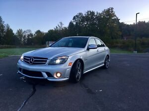 2009 Mercedes C63 AMG Performance Package
