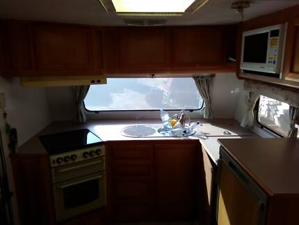 2003 Jayco Heritage 24ft Full Ensuite Alloy Frame 2450kg Logan Village Logan Area Preview
