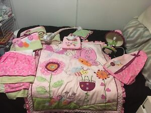 Lambs and ivy girls crib set
