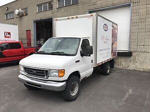Ford e350 camion cube