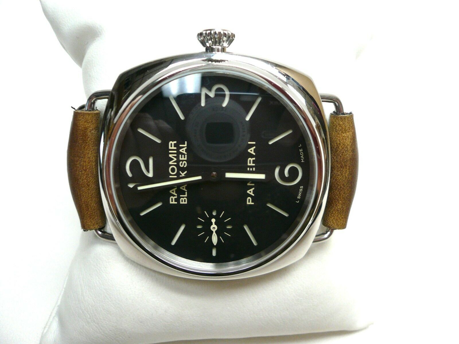 Panerai PAM 183 Black Seal Radiomir Manual Wind Sandwich Dial Strap Wristwatch - watch picture 1