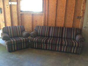 Négociable: Sofa et fauteuil