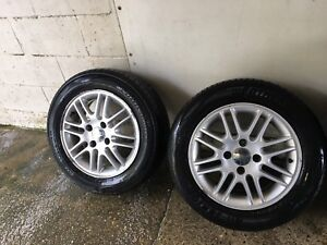 Two 195/60R15 Tires / Rims in Great Condition !!