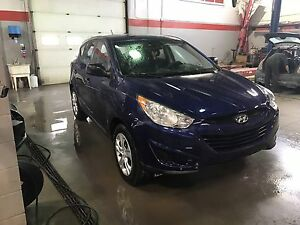 2013 Hyundai Tucson GL - Manual Transmission - Low KMs!