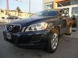 2013 Volvo XC60 3.2 AWD Premier / Technology and Climate Package