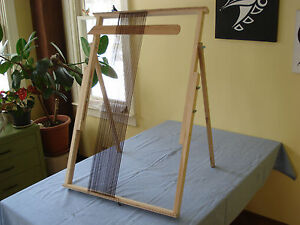 ADJUSTABLE  TAPESTRY/ WEAVING  LOOM
