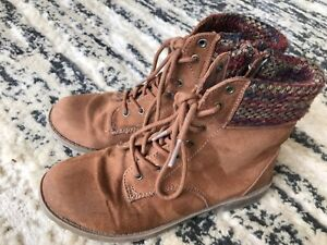 Girls suede - American Eagle size 3.5 boots