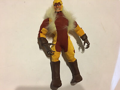 Sabretooth Cover (MARVEL FAMOUS COVERS FIGURE WOLVERINE SABRETOOTH SABERTOOTH X-MEN  LEGENDS)