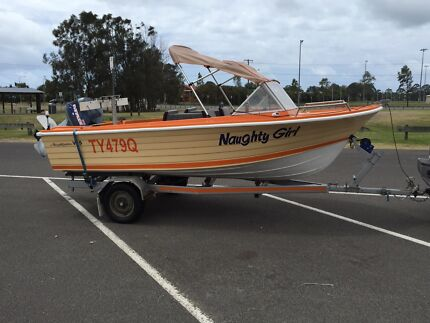 4.5m run about boat Kuluin Maroochydore Area Preview