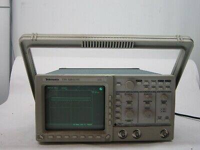 Tektronix Tds320 Two-channel Digital Oscilloscope 100 Mhz 500 Msas