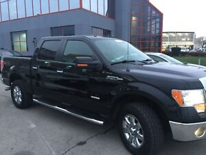 2013 Ford F-150 4X4 XLT,XTR PACKAGE,Showroom Condition !
