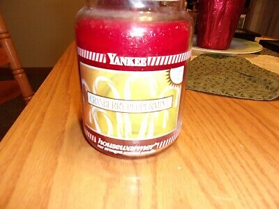 YANKEE CANDLE 22 OZ. JAR HOUSEWARMER CRANBERRY PEPPERMINT