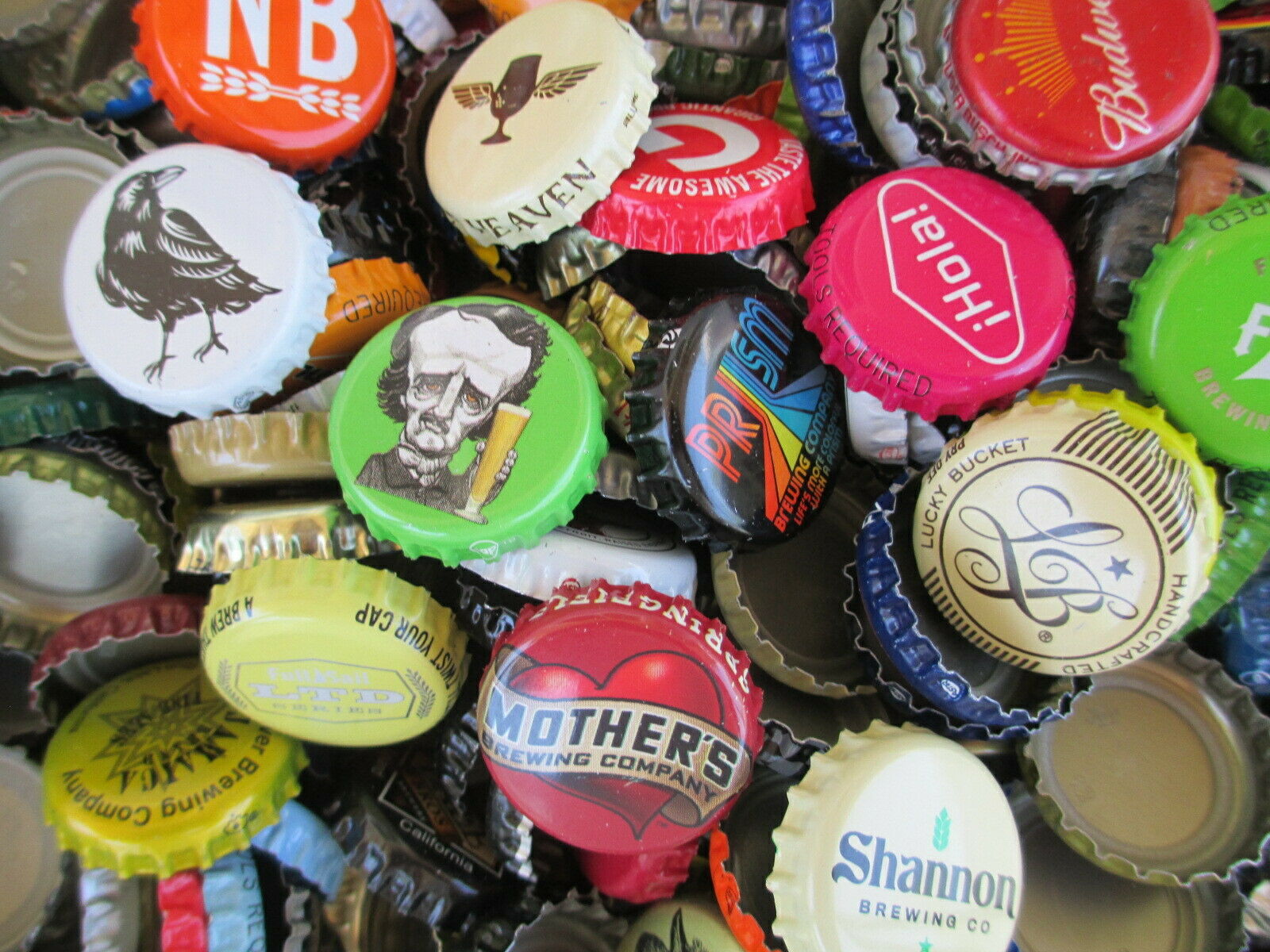 500 Beer Bottle Caps (((( No Dents )))) Good Mixture of Beer Caps