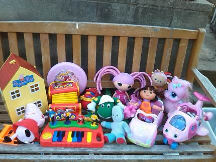 Girls toys for 1-5 year olds $25 peppa pig, wiggles, dora, barbie Watson North Canberra Preview