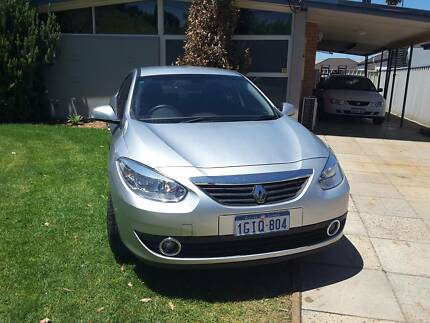 2012 Renault fluence . CHEAP . LUXURY CAR. One  OWNER