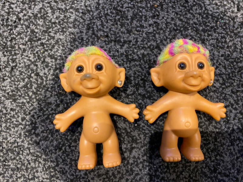 Vintage Rainbow Trolls Bright Of America Figures x2
