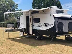 Golf Savanna Maxxi 501 semi off-road Caravan