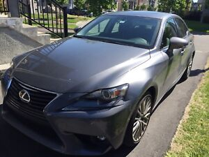 Lexus is 300 awd 2016