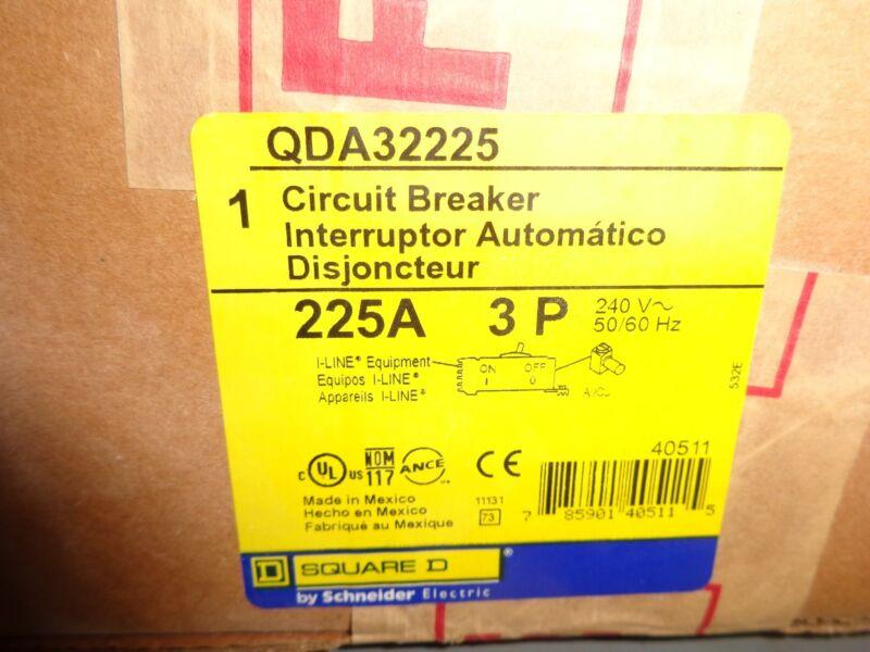 NEW IN BOX SQUARE D POWERPACT CAT# QDA32225 I-LINE CIRCUIT BREAKER