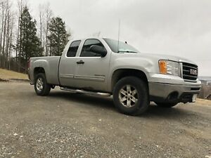 2010 GMC Sierra Z71 4x4 Lic/Insp Tax/Trans Included