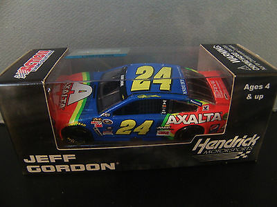 Jeff Gordon 2015 Axalta Rainbow  24 Chevy Ss 1 64 Nascar