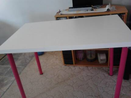 Study Table   $25