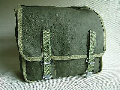 Kampftasche, Brottasche zwei große Fächer und diverse kleine Fächer. Wie NEU.
