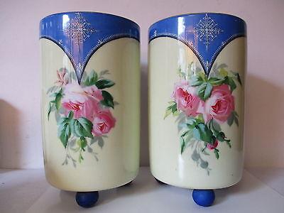 Par floreros jarrones antiguos,Porcelana,pintado,decoración de Rosas,firma tbd segunda mano  Embacar hacia Argentina