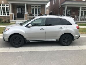 Silver Acura MDX Tech Package