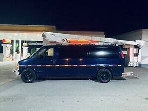 2001 chevrolet express 3500 Nacelle boom 30 pied WOW 9 995$
