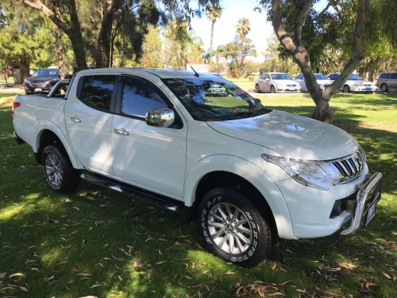 2015 Mitsubishi Triton Ute Cars Vans Utes Gumtree Australia