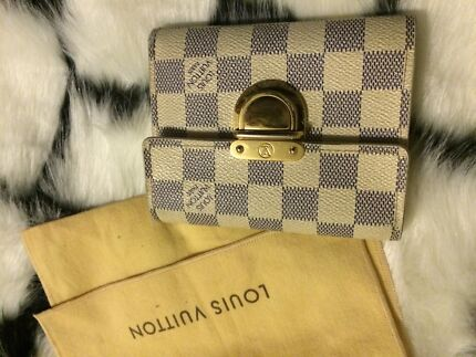 LOUIS VUITTON Damier Azur Koala Wallet Sydney City Inner Sydney Preview