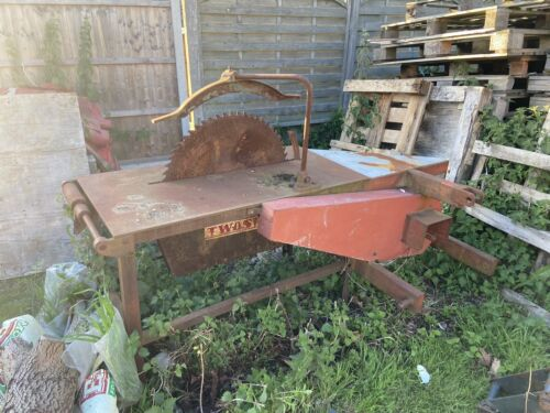 Twose Pto Saw Bench used working condition
