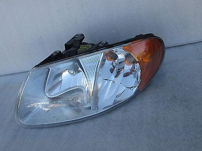 2001 2002 2003 2004 Dodge Caravan Headlight Head Lamp  01 02 03 04