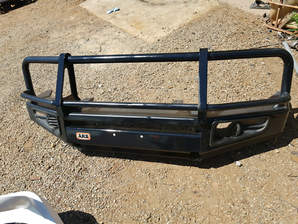 70 series ARB DELUXE BAR