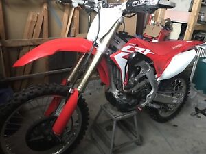 2018 Crf 250 barely ridden with rekluse clutch