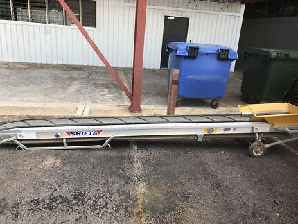 3m Motorised conveyor belt
