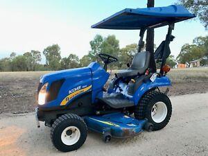 New Holland Tractor with Mower Deck West Bendigo Bendigo City Preview