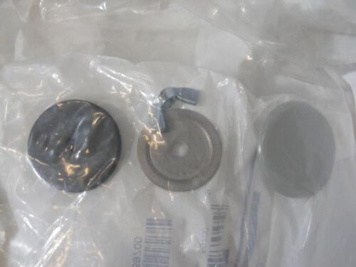 """Lot of 10 Hoffman 59760 AS200 2"""" Steel Conduit Hole Seals"""