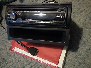Sony CDX-GT420IP CD MP3 AUX IPOD DECK PLAYER stereo w/Remote Windsor Region Ontario image 4