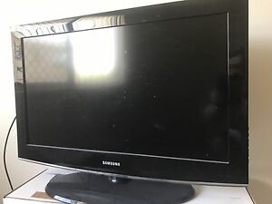 """Samsung 32"""" LCD TV - Series 4 - MUST GO! Kedron Brisbane North East Preview"""