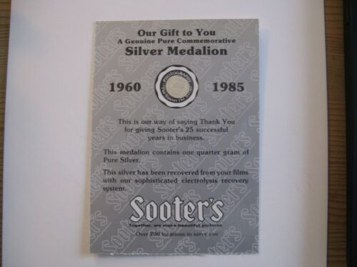 1960 - 1985 SOOTER'S STUDIO 0.5g 999  SILVER BULLION MEDALION 25 Years - Sealed
