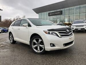 2015 Toyota Venza LIMITED/V6/LEATHER/PANO ROOF/NAV/LOW KMS!