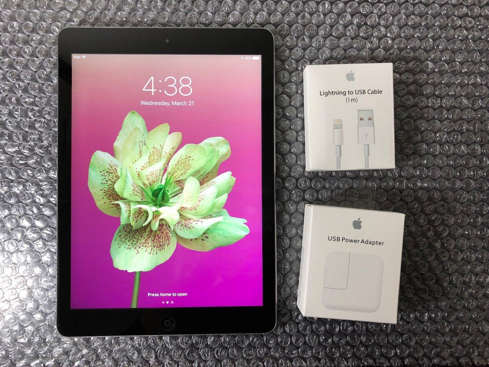 """Apple iPad Air 1st Generation MD785LL/A 16GB A1474 Wi-Fi Retina 9.7"""" Space Gray"""