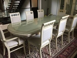 Beautiful Dining table SET