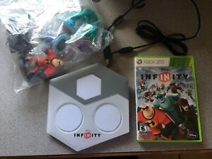 Disney infinity for Xbox 360 with characters